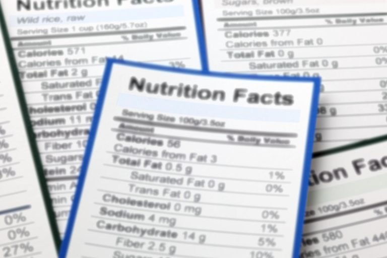 gros plan de l'étiquette nutritionnelle
